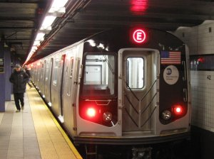 NYC_Subway_R160A_9237_on_the_E